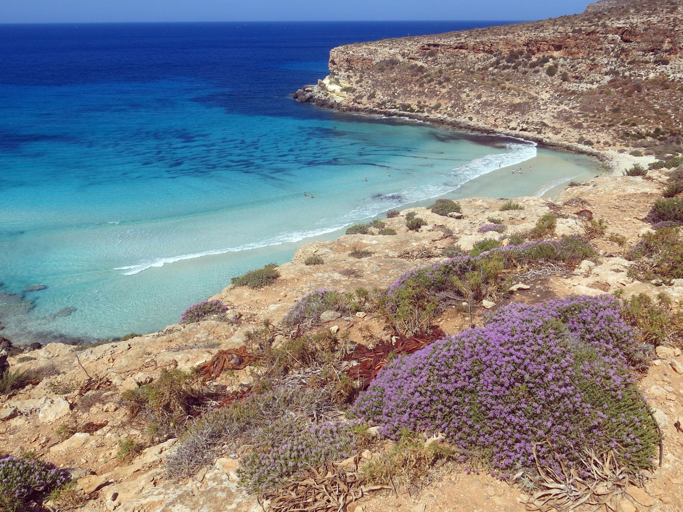 Aeroporto di Genova, sito ufficiale - Destinazione Lampedusa